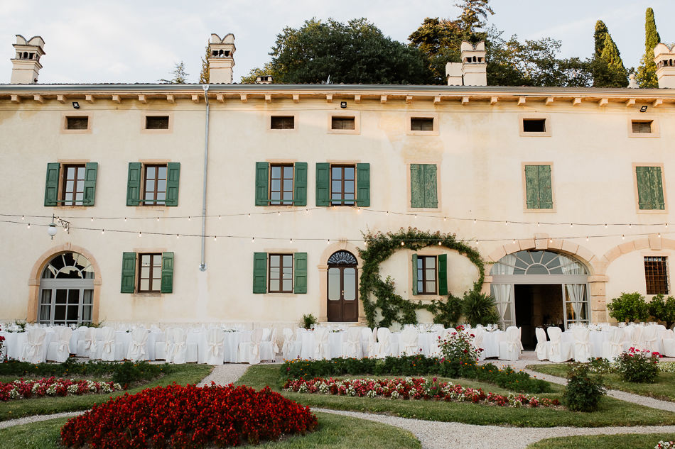 This image has an empty alt attribute; its file name is wedding-verona-903.jpg